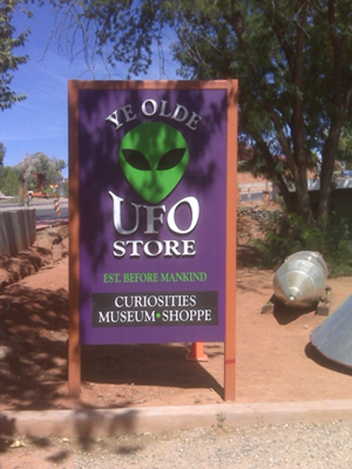 ufo-store